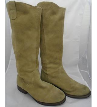 Pulp - UK Size 7 (NZ Size 9) - Tan - Suede - Calf Length Boots