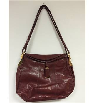Unbranded Ox Blood Circa 1980's Italian Leather Handbag