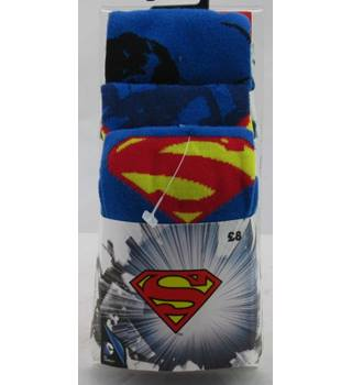 BNWT size 6-11 pack of 3 pairs of Superman socks