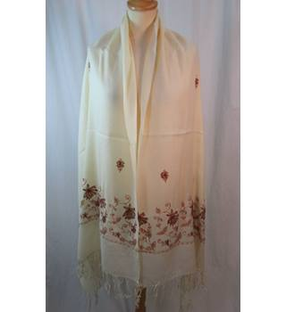 Unbranded Embellished and embroidered - Size: One size: regular - Cream - Pashmina