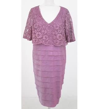 NWOT: M&S Size 16 Regular: Dusty pink lace top layered dress
