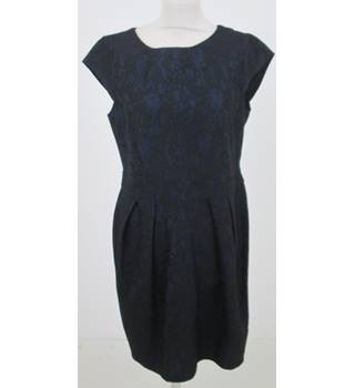 Dorothy Perkins - Size: 16 - Black Lace with an Undertone of Blue Dress