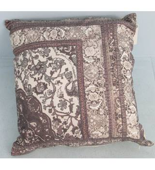 NWOT M&S Home brown mix patterned cushion