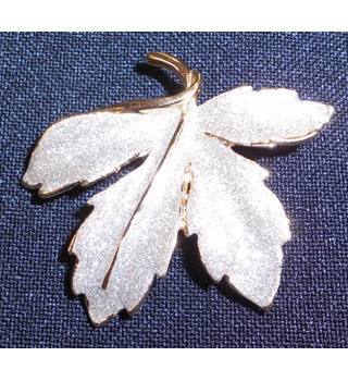 Glittery Silver Colour Leaf Brooch With Gold Colour Back