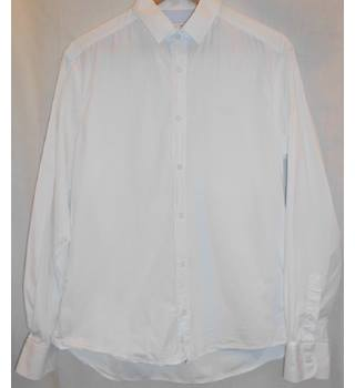 Nigel Hall - Size: L - White - Long sleeved