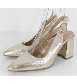 M&S Marks & Spencer Insolia Size: 4.5 Metallic Gold Block Heeled Slingback Shoes