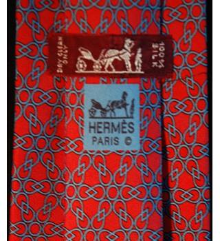 Hermes 100% Red Silk Tie Pattern 7615 TA