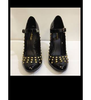 Miss Selfridge size 5 Gold Studded Black Shoes Miss Selfridge - Size: 5 - Black - Heeled shoes