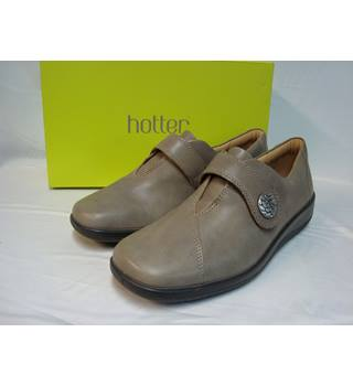 BNWOT Hotter Collette Colle  Grey Leather Velcro Fastening Flat Shoes - size 7.5