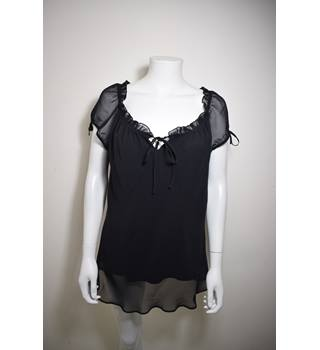 Sheer Open Black Blouse from Essence. Size 16 Essence - Size: 16 - Black - Blouse