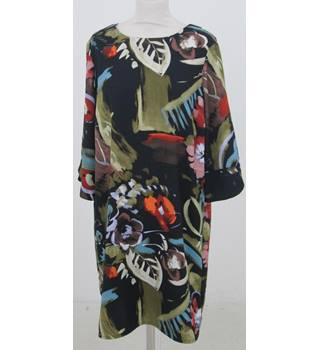 NWOT M&S - Size: 8  -Mixed Green, White, Red, Black Mid length Dress
