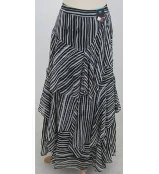 NWOT M&S  - Size: 10 - Black and White Striped Long Ruffled Skirt