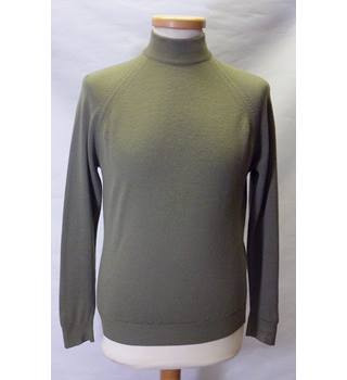 Pure New Wool Size S Green Jumper