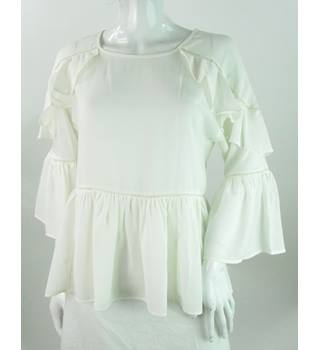 BNWOT M&S Collection - Size: 6 - Ivory - Blouse