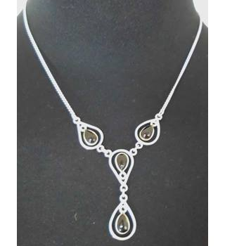 Silver Pendant on 14'' Chain