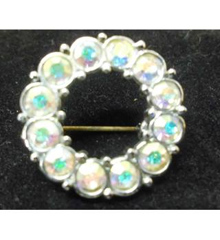 Diamante Circle Brooch Unbranded - Size: Small - Metallics