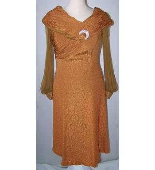 bb collections - Size: 10 - Brown - Knee length dress