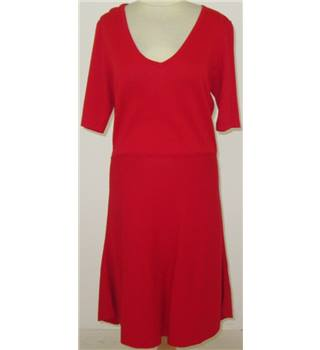 BNWT Next - Size:14 - Red knitted dress