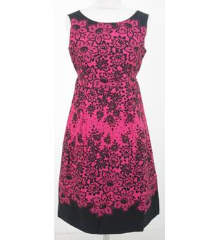 BNWT Red Herring - Size: 8 - Pink lace effect sun dress