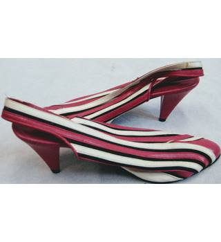 1980s? Juan pink/white striped cone heel shoes 4.5 Juan - Size: 4.5 - Pink - Slingbacks