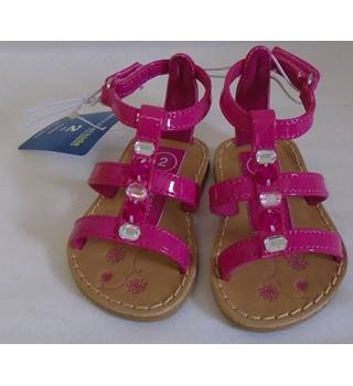 BNWT - Genuine Kids From Oshkosh - Size: 2 - Colour: Fuchsia - Sandals