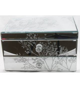 NWOT M&S Home jewellery box