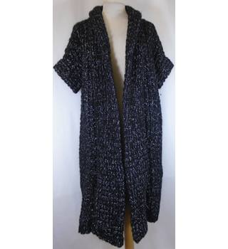 2 ND DAY - Size: One size: regular - Black with Silvershimmers - Cardigan