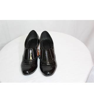 BHS black patent heels size 5 BHS - Size: 5 - Black - Heeled shoes