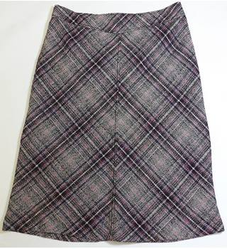 Olsen size: 14 multi-coloured calf length skirt