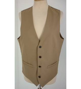 "French Connection Size: M, 40"" Chest, super slim fit Camel Brown With Tan Rear Panel Stylish Polyester & Viscose Waistcoat"