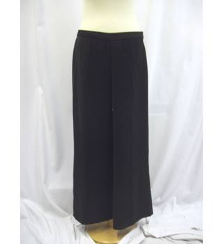 Laura Ashley - Size: 14 - Black - Trousers