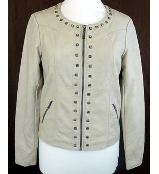 Yest Fashion from Buur of The Netherlands - Size: 8 - Cream / ivory with Metal Studs - Ladies' Faux Leather Jacket