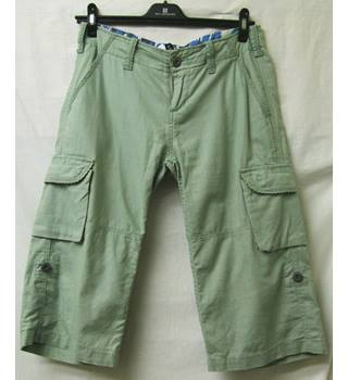"Freespirit - Size: 34"" -Grey Green - 3/4 trousers"