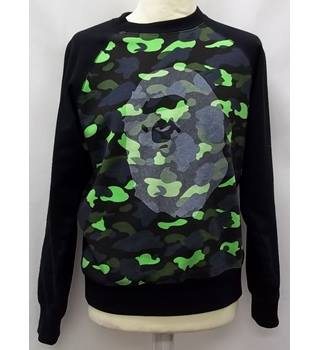 A BATHING APE - Size: M - Green - Jumper