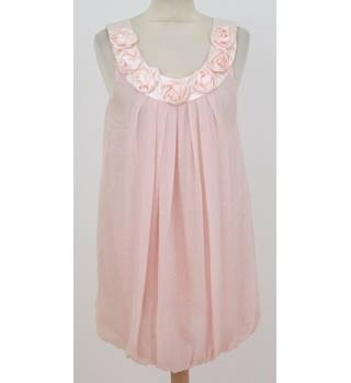 New Look - Size: 16 - Pink with Rose Detail on Collar Blouse