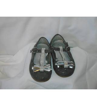 NEW GIRLS PARTY SHOES FROM NEXT,  SIZE 3 Next - Size: S - Grey