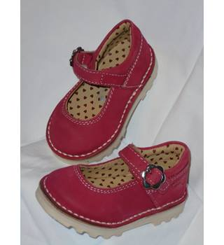 BRAND NEW RED GIRLS SHOES, SIZE 3 Next - Size: S - Red
