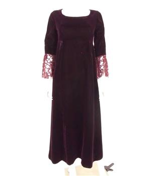 Vintage 1980s Size 10 Burgundy Velvet Dress With Lace Flared Sleeves