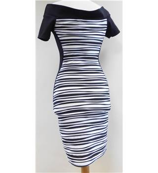 BNWT - Quiz Clothing - Size: 8 - Black/White - Bodycon dress
