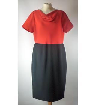 Hobbs - Size: 14 - Black Red and Salmon - Ladies' Knee-length Dress