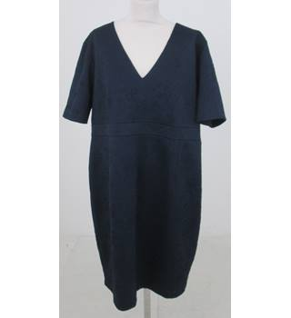 NWOT M&S Collection Size: 22  Navy short sleeved dress
