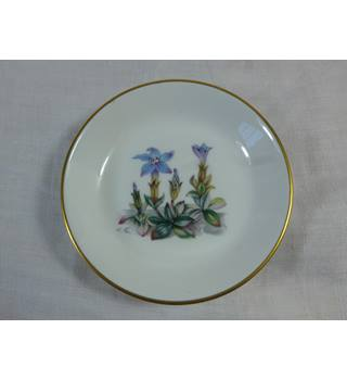 Royal Worcester pin dish Alpine flowers series ,edelweis