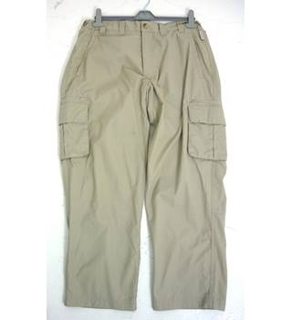 "Regatta  Size: M, 32"" waist, 29"" inside leg, regular fit Khaki Grey Backpacking/Outdoor Poly-Cotton Trekking Trousers."