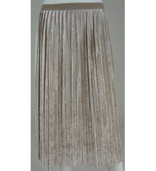Marks & Spencer Collection Beige Crushed Velvet Calf-Length Pleated Skirt UK Size 18R / Euro Size 46