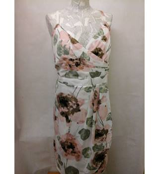BNWT NEW Lovely together - Size: 20 - Multi-coloured floral pattern dress