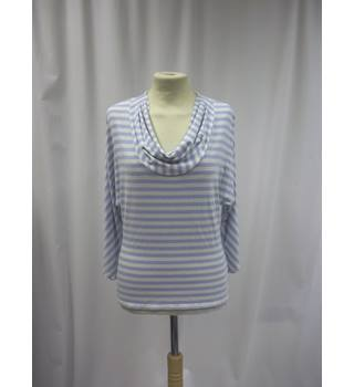 Phase Eight - Size: 14 - Blue and White - Striped - Batwing top