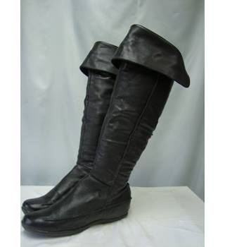 Moda in Pelle, size 7/41 black leather boots