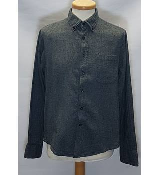 Avenue size m grey long sleeved shirt
