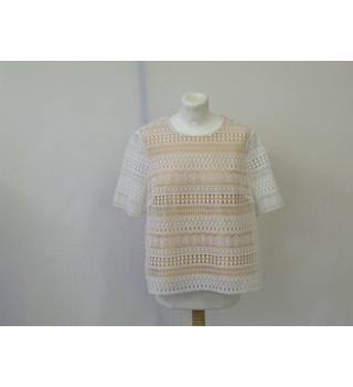 M&S White and Peach Crocheted Top UK Size 14 M&S Marks & Spencer - Size: 14 - Multi-coloured - Short sleeved shirt