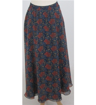 Lizsport size M blue and red floral skirt